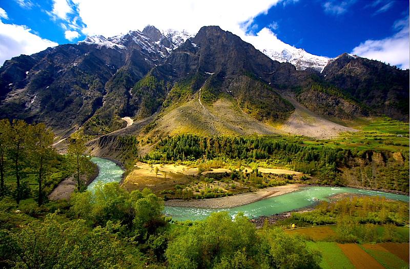 Bhaga River Suraj Tal Himachal Pradesh