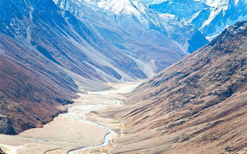 airborne-at-lhalung-valley-himachal-pradesh
