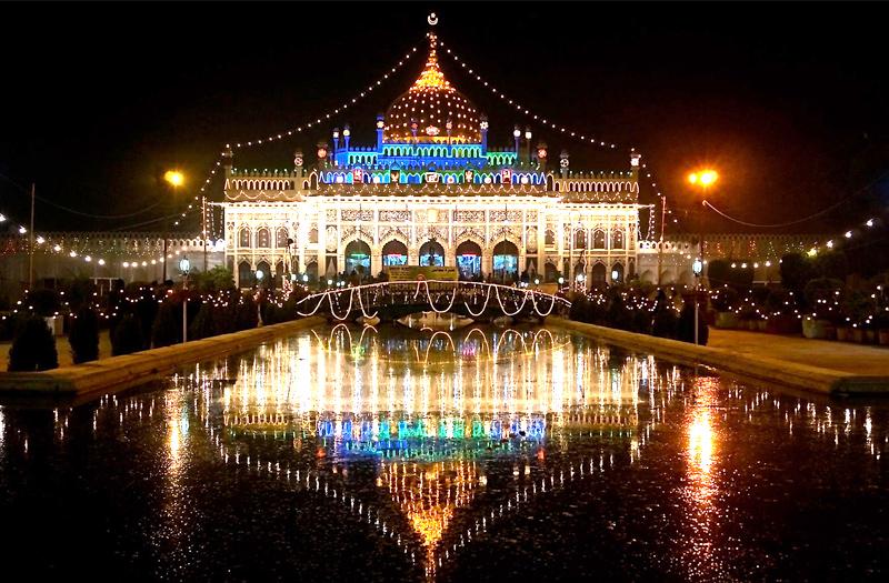 chota-imambara-lucknow-uttar-pradesh-india
