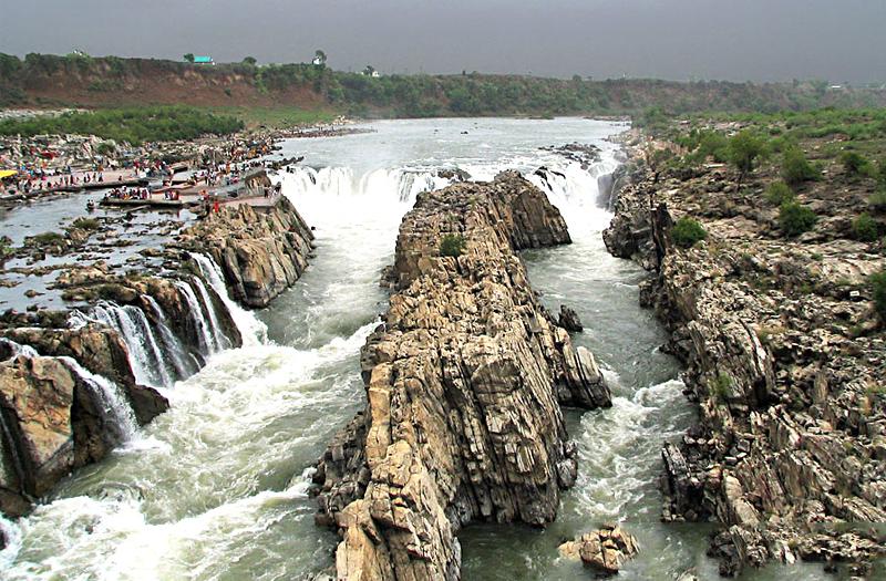 dhuandhar-falls-jabalpur India