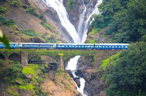 Dudh-Sagar-Falls-Goa