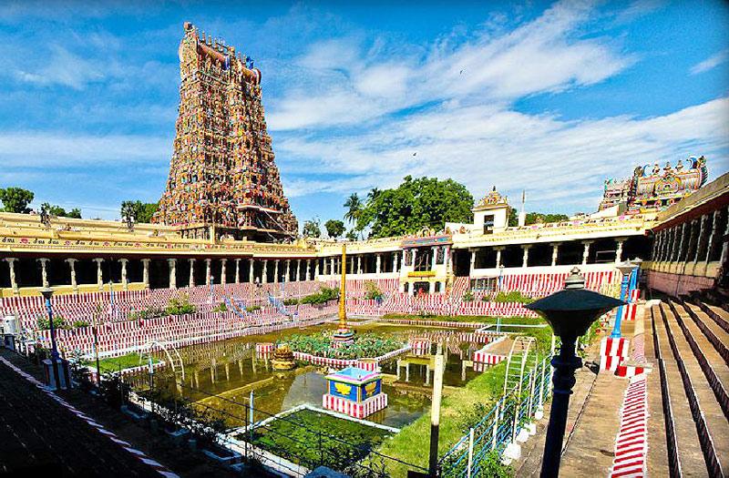 sri-meenakshi-sundareswarar-temple-madurai-india