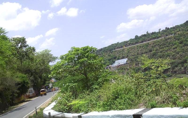 Srisailam-Hill-Beluma Cave Andhra Pradesh