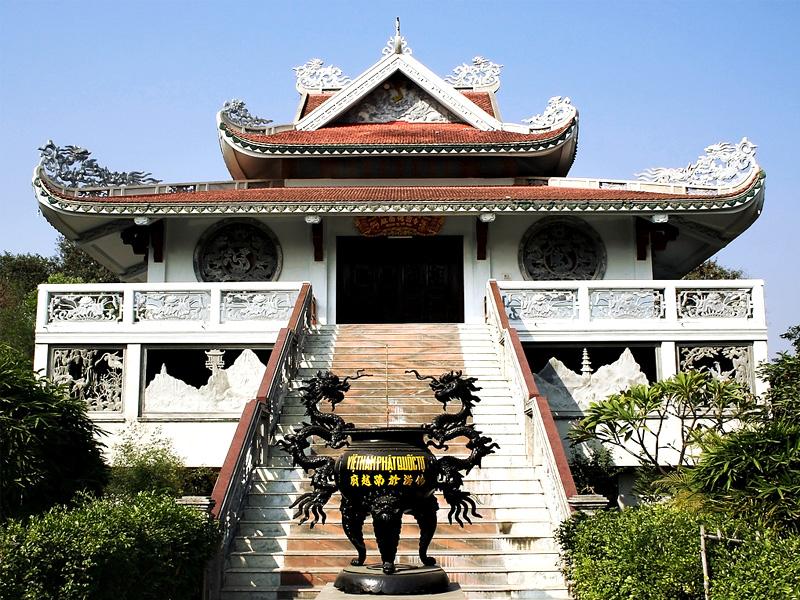 vietnamese-temple-bodhgaya