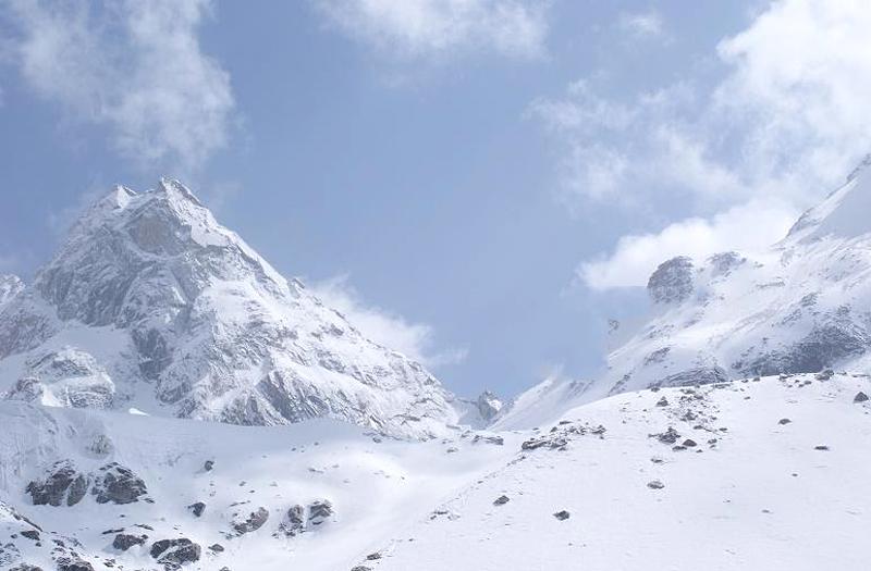 Borasu Pass