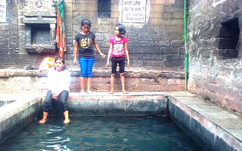 vashisht-hot-water-spring