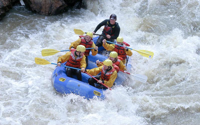whitewater-rafting-at-sonamarg