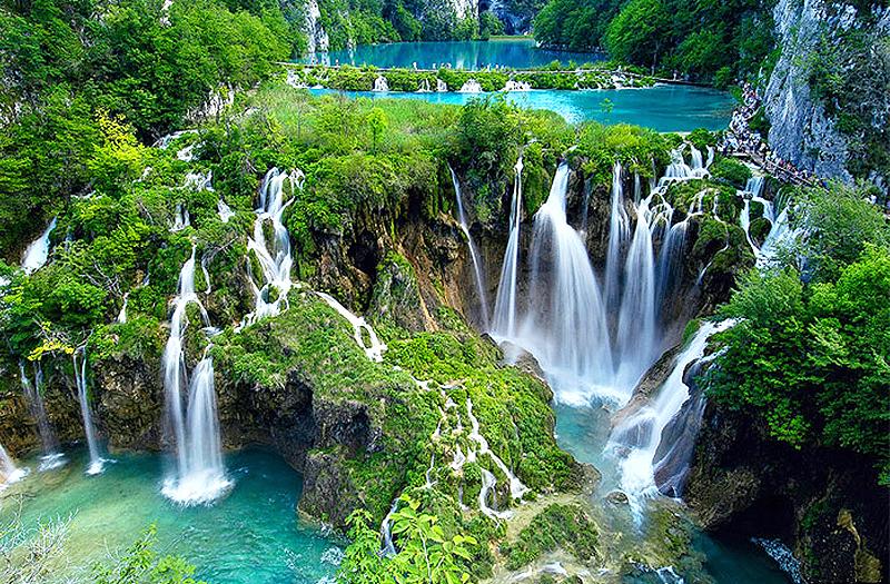 elephant-waterfall-cherrapunji-meghalaya-india
