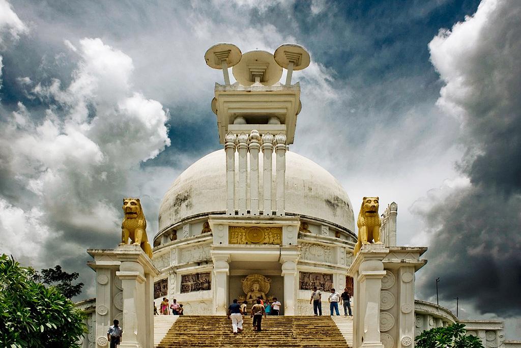 templeatdhaulihillbhubaneshwar