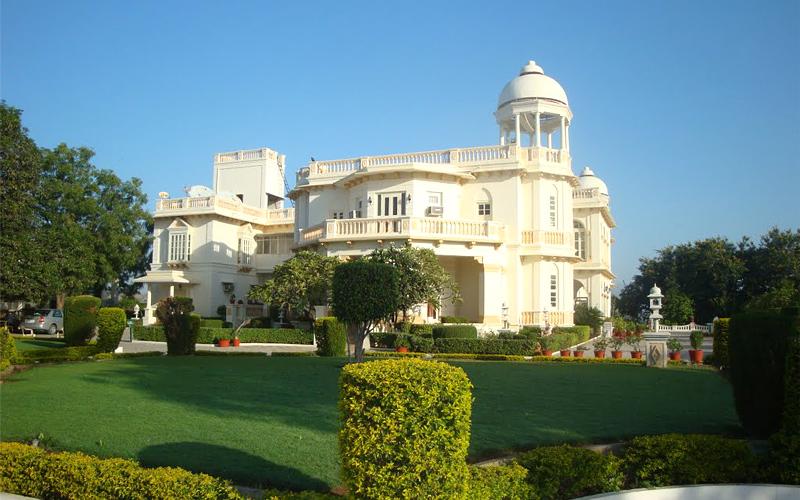 balaram palace resort india