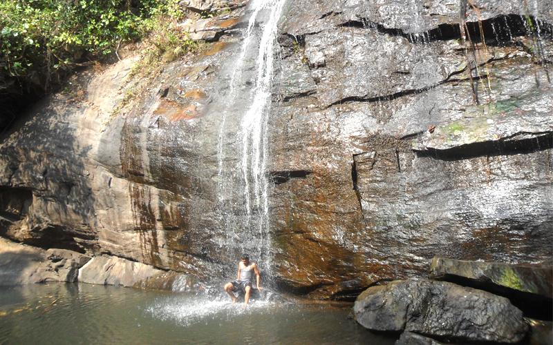 deojhar waterfall cuttack india