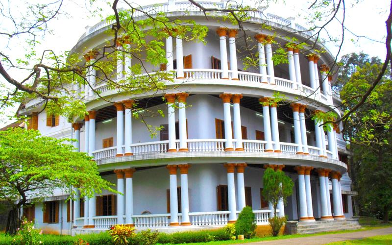 hill palace of tripunithara india