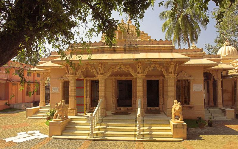 jain temple in kochi india