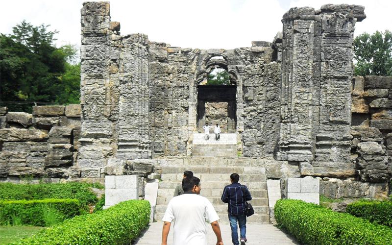 mamal shiva temple india