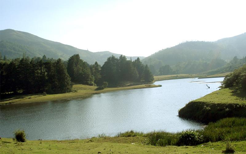 lake in coonoor india