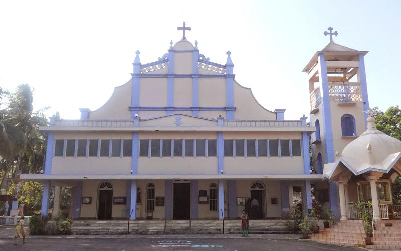 milagres church in udupi india