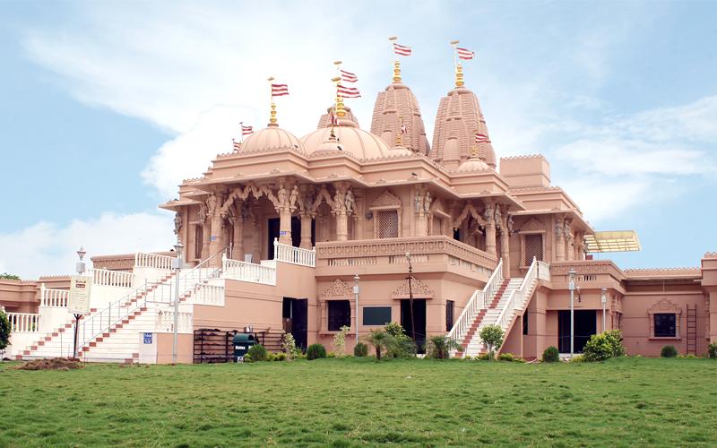 swami narayan temple in rajkot india