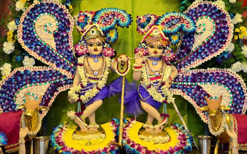 ISKCON's-sri-krishna-balarama-india