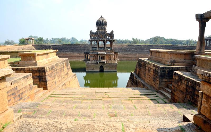 karanji-mantapa-india