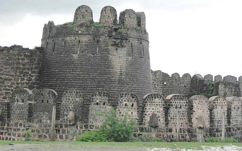gulbarga-fort-india