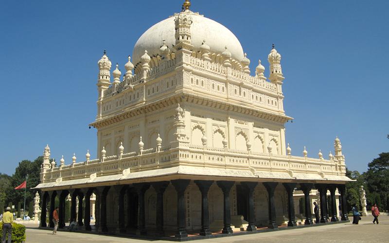 gumbaz-fort-india