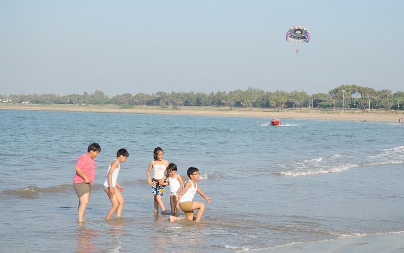 nagoa-beach-india