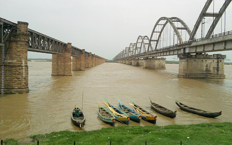 rajahmundry-bridge-india