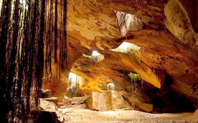 the-naida-caves-india