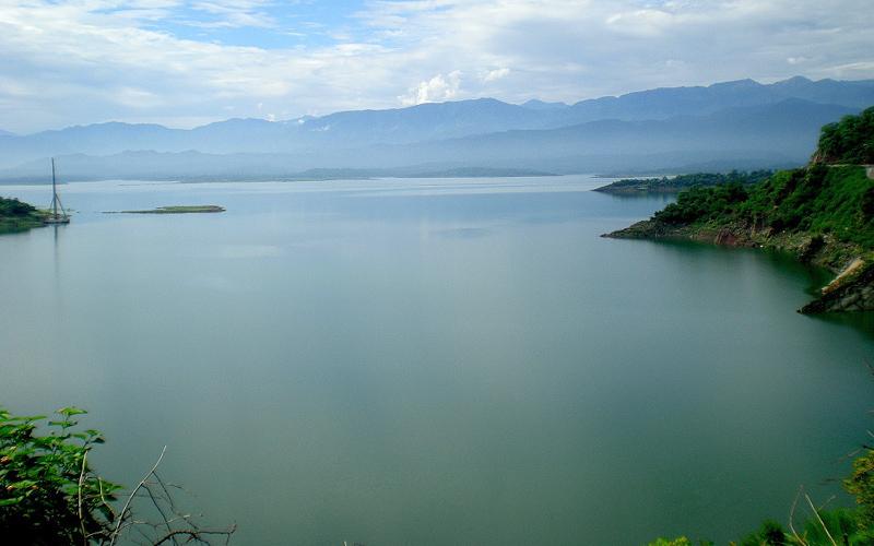 ranjit-sagar-dam-india