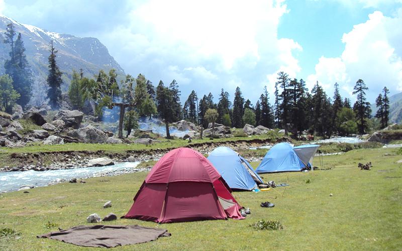 camping-in-har-ki-doon-india