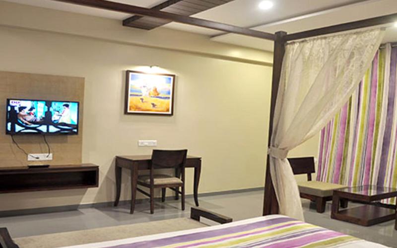 grandeur-hotel-valsad-india