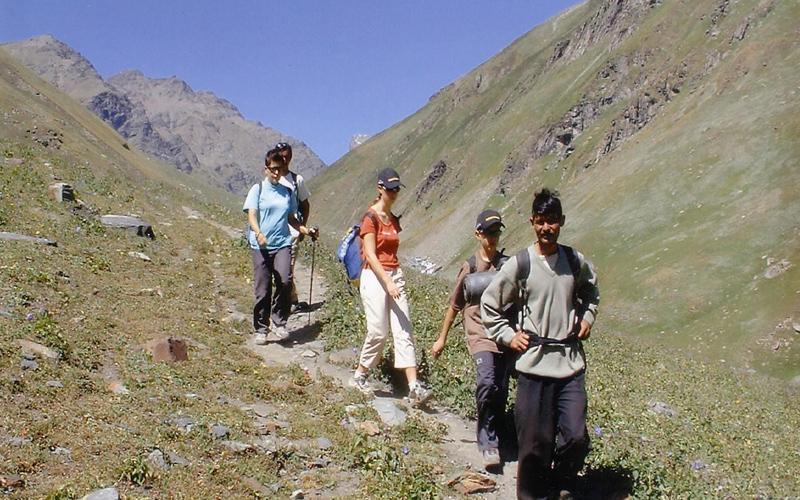 trekking-har-ki-doon-india