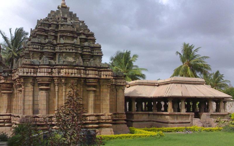 trikuteshwara-temple-india