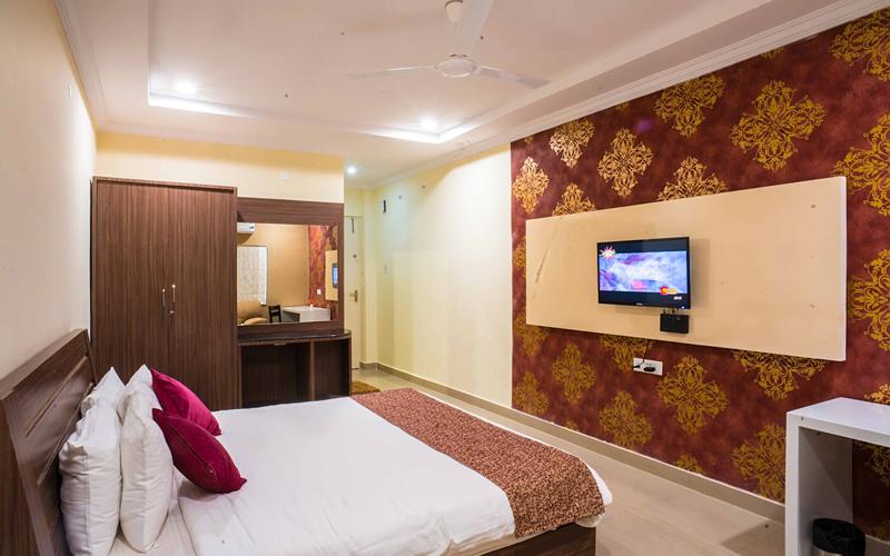 hotel-S-park-india