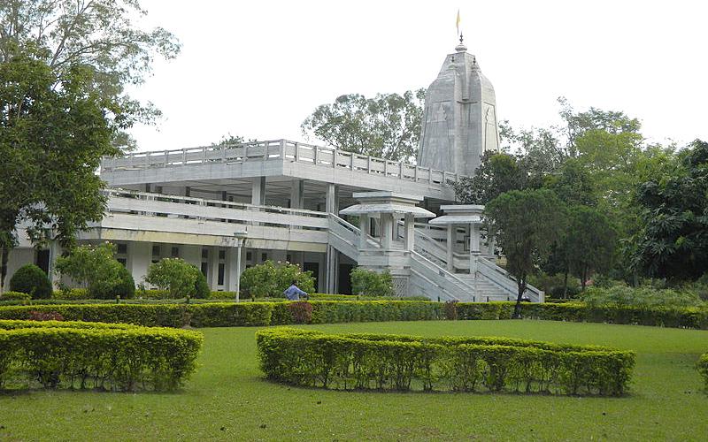 radha-krishna-temple-india