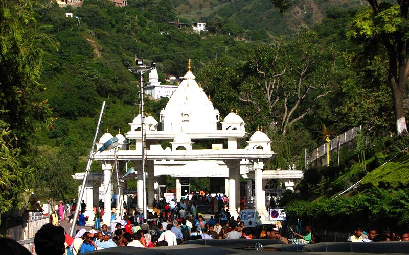 shri-mata-vaishno-devi-shrine-india
