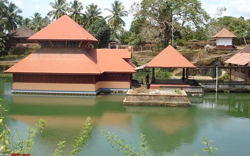 bekal-lake-temple-india