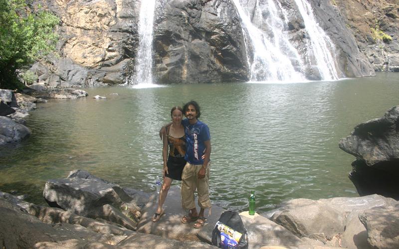 dudh-dhara-waterfalls-india