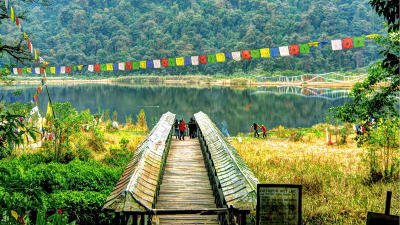 khecheopalri-lake-sikkim