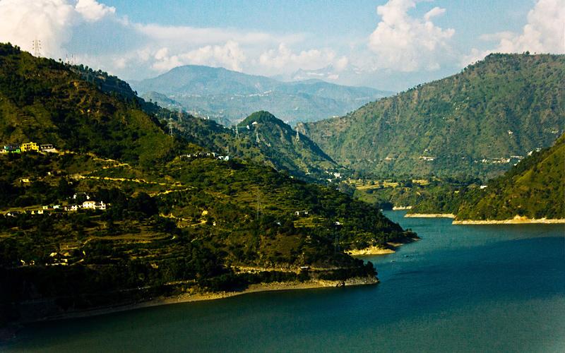 the-chamera-lake-india