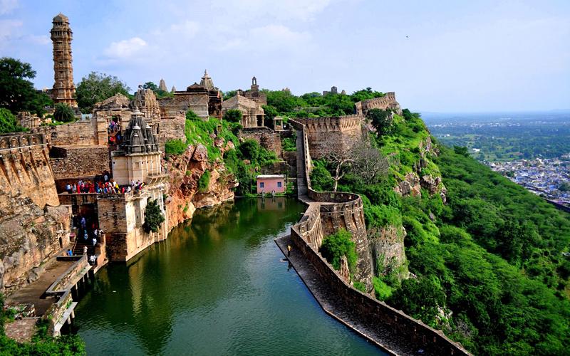 chittorgarh-fort-india