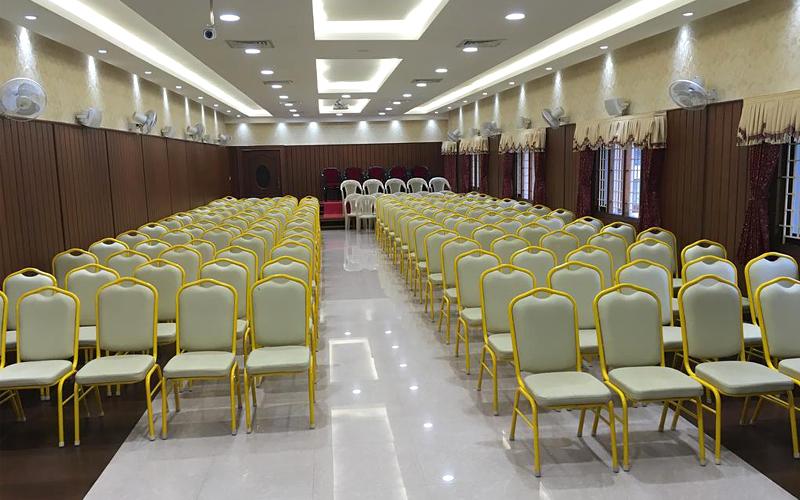 hotel-suriyapriya-india