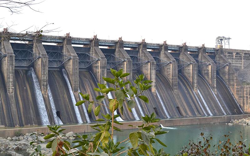 maithon-dam-india
