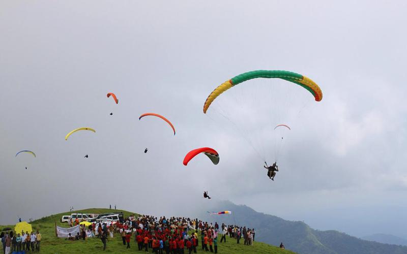 paragliding-vagamon-india