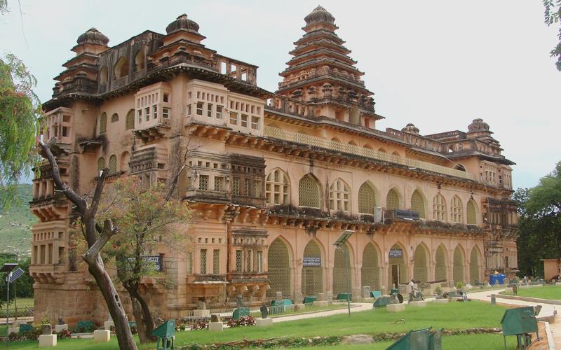 raja-mahal-palace-india