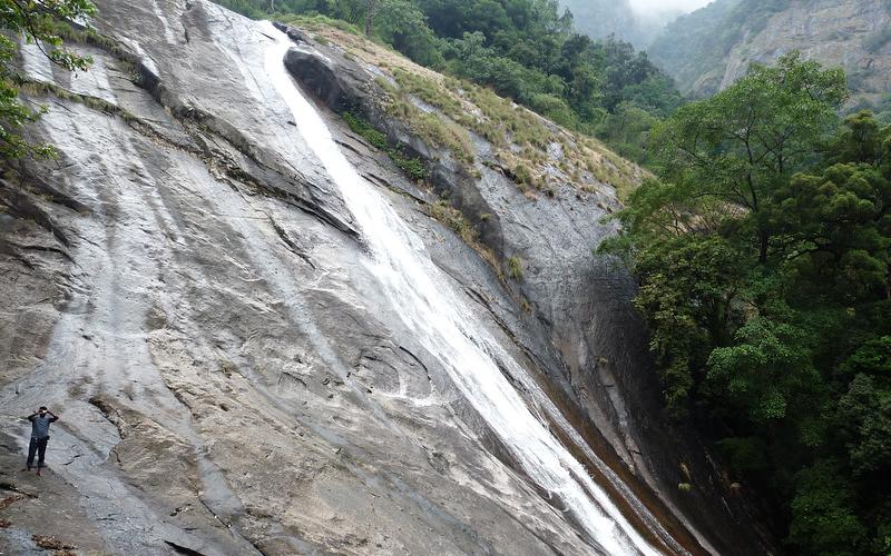 thusharagiri-waterfalls-india