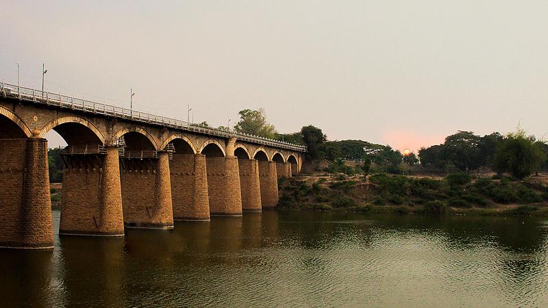bridges-of-sangli-india