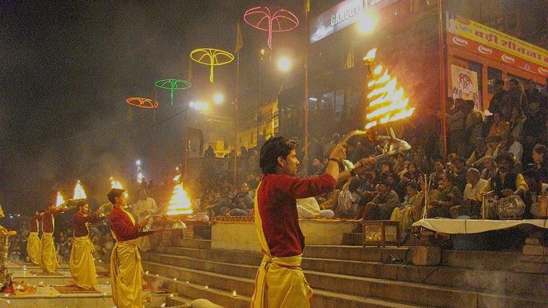 Ganga_Aarti_ghat_Varanasi