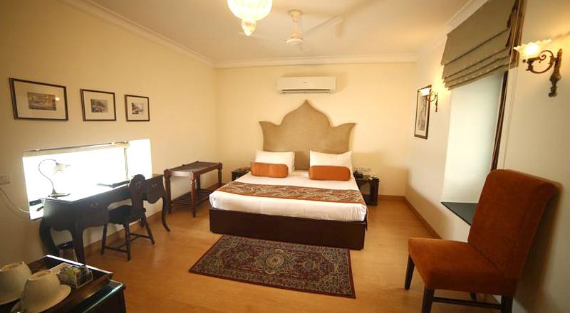 suryauday-haveli-rooms