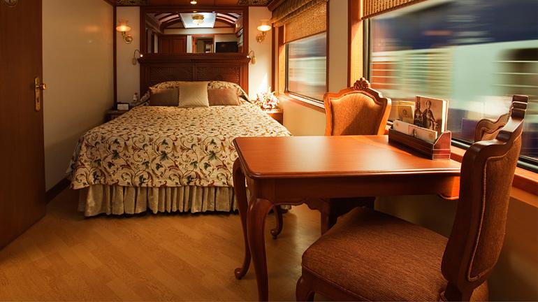 junior-suite-maharaja-express